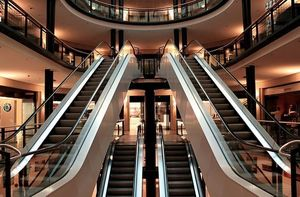Новосибирский торговый центр «Гранд Сити» выставлен на продажу за 1 млрд руб