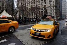 В Екатеринбурге начинает работу новый сервис онлайн-заказа такси