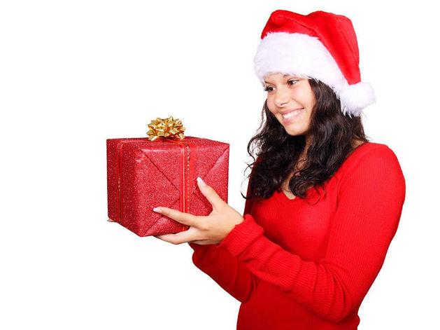 Что подарить деловому партнеру новый год