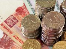 В феврале растет, в июне падает: влияет ли время года на курс рубля?