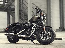 Тест-драйв с Дмитрием Елизаровым: мотоцикл Harley-Davidson Sportster Forty-Eight