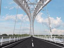 На втором Борском мосту начата укладка литого асфальтобетона