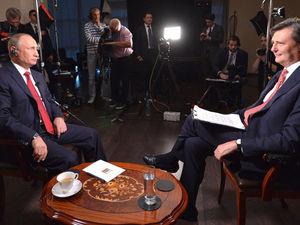 О молодом преемнике и Курильских островах: главное из интервью Путина Bloomberg
