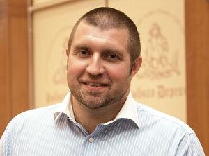 Дмитрий Потапенко: «Мы 25 лет встаем с колен, но почему-то лежим мордой в ближайшей луже»