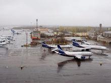 «Аэрофлоту» наступают на пятки: 12 лучших авиакомпаний России / РЕЙТИНГ