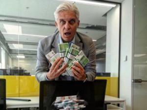 Тиньков предложил клиентам деньги за удаление Telegram. Его банку пришлось объясняться