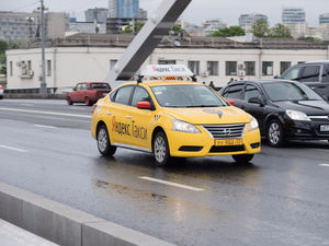 Цены ниже: Gett заподозрил «Яндекс.Такси» в слежке за телефонами клиентов