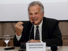 «К русским, уверяющим, что Россия — страна дураков, в Европе относятся с презрением»