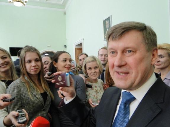 Локоть Анатолий Евгеньевич 1