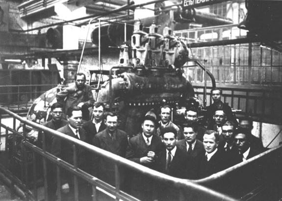 Пуск первой турбины Уральского турбинного завода