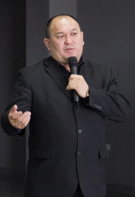 Абдразаков Туратбек Темирбекович