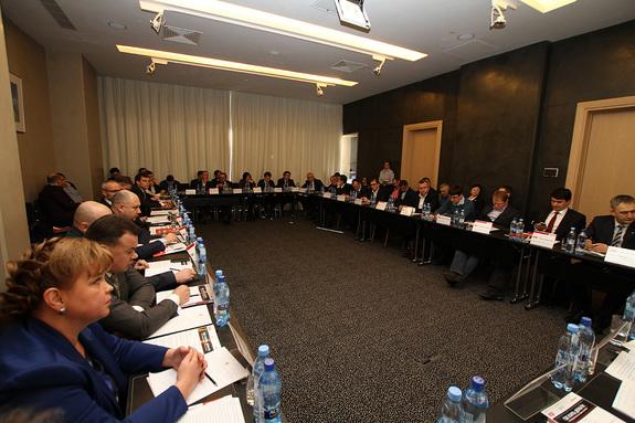 Где взять деньги: дискуссия бизнесменов и банкиров Екатеринбурга 5