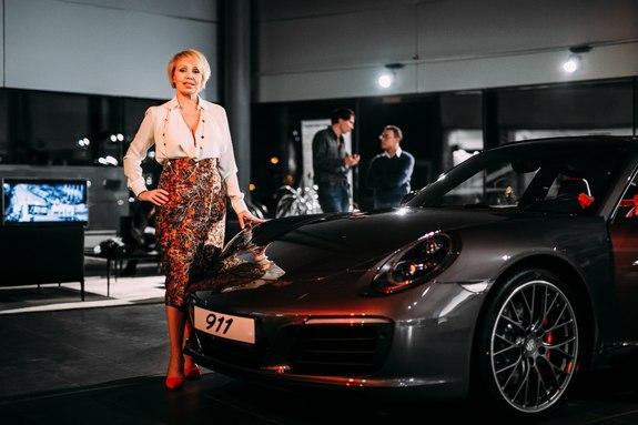 Красота, лоск, мощь: в Ростове презентовали новый Porsche 911 31
