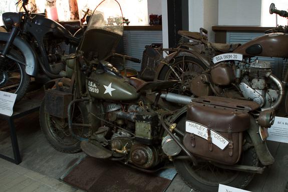 «Воскрешенные мертвецы»: как предприниматель из Екатеринбурга открыл музей ретромотоциклов 4