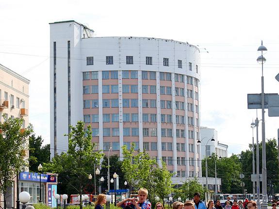 Вехи офисного рынка Екатеринбурга: тренды и знаковые объекты минувших 25 лет 3
