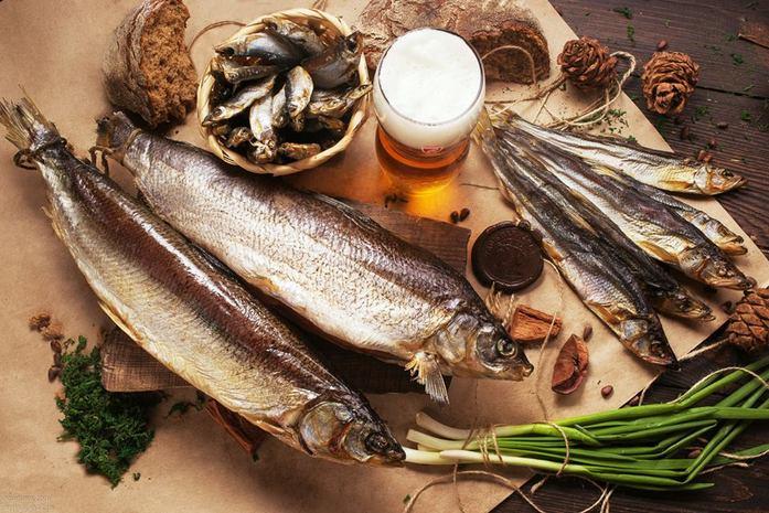Хозяин уральской бургерной открыл рыбный бар с омулем и барабулькой 1