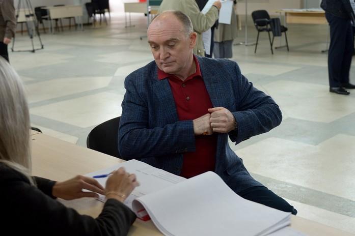 На нескольких избирательных участках Челябинска прошли проверки 3