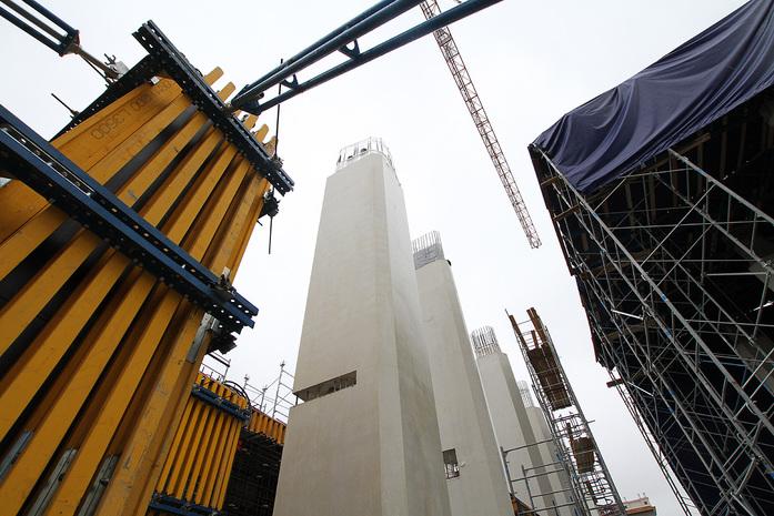 Изнанка штаб-квартиры РМК: Как строят первый в России объект Нормана Фостера / ФОТО 1