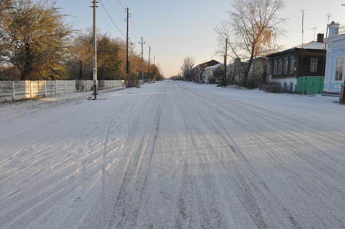 В Челябинской области ищут компанию, которая положит асфальт на снег и получит 2 млн руб. 1