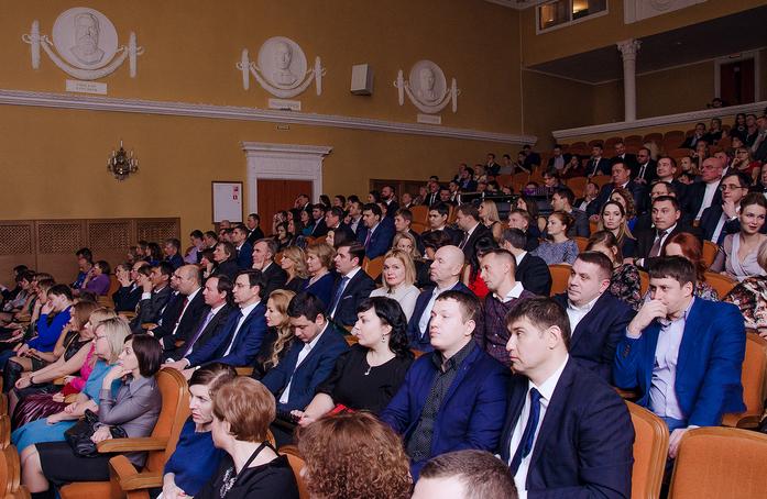 В Челябинске определен победитель премии «Человек года - 2016» 15