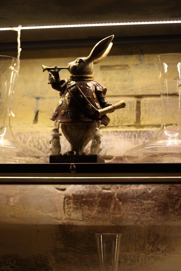 В норе «Белого кролика». Ресторанная критика Светланы Кнор  1