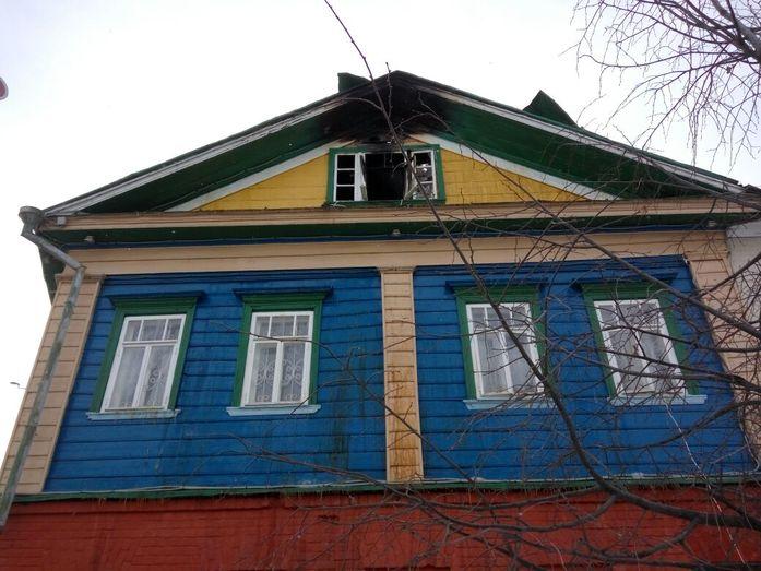 В Старо-Татарской слободе Казани произошёл пожар в гостинице, один человек погиб 2