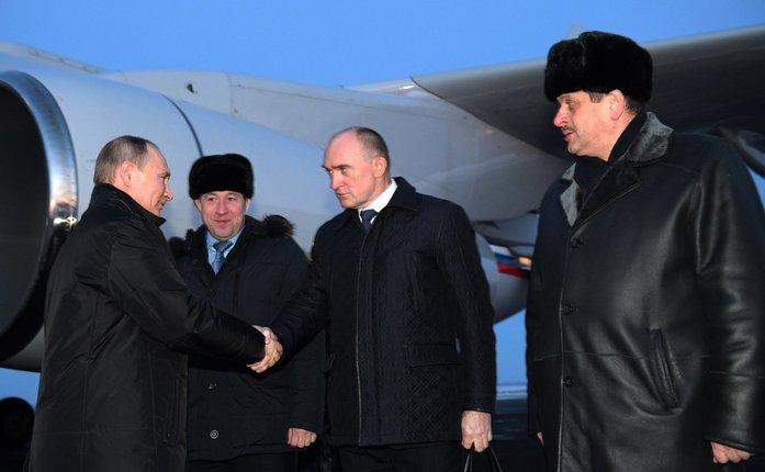 Владимир Путин приземлился в Челябинске, но отправился в Миасс 1