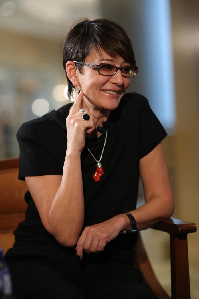 Ирина Хакамада: «В нестабильное время важно научиться конвертировать эмоции»  1