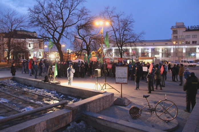 «Долой разруху!». В центре Нижнего Новгорода прошёл митинг против беспорядка 4