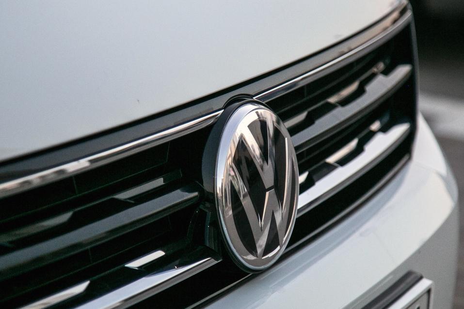 Алексей Матвеенко совершил загородный вояж на новом Volkswagen Tiguan 21