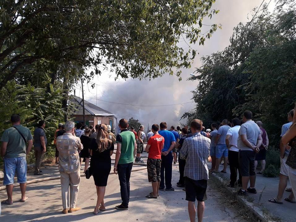 Донской губернатор прибыл на крупный пожар в районе Театральной площади Ростова LIVE 7