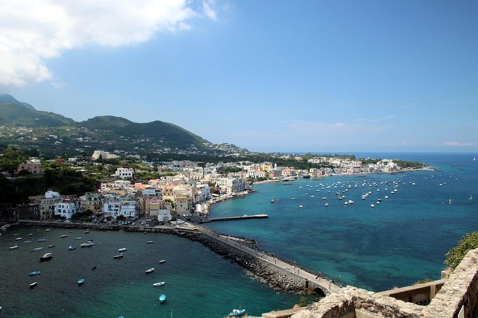 Где отдохнуть в сентябре: ТОП недорогих направлений пляжного туризма  1