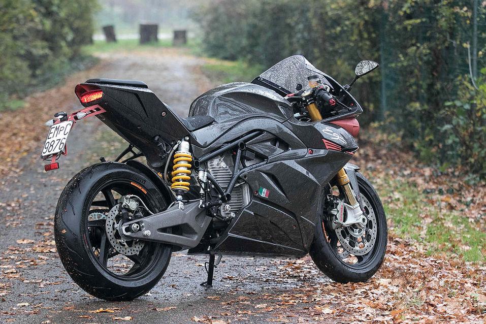Мощь и стиль XXI века: рейтинг лучших электромотоциклов мира 6