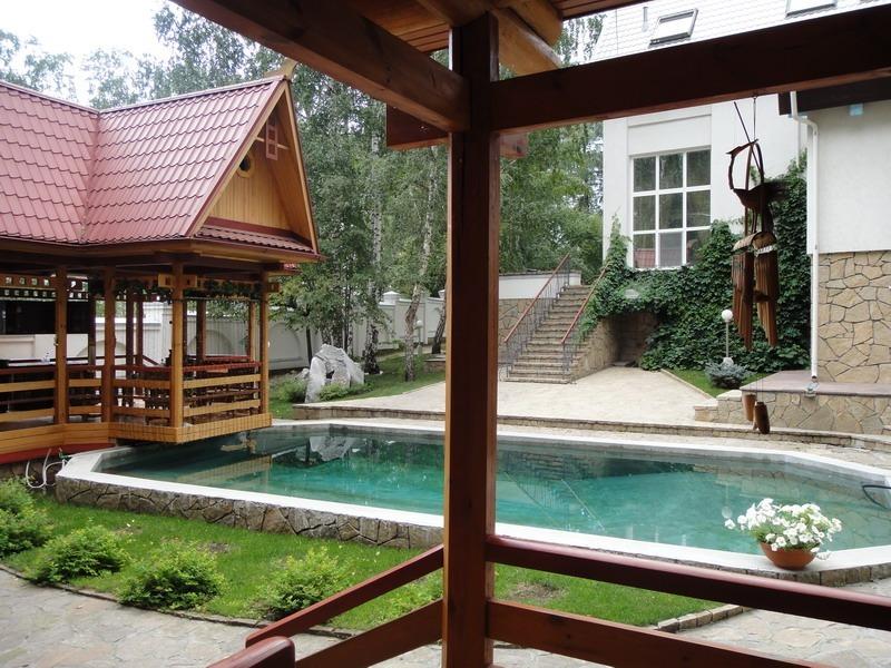 Замок мечты. Как выглядит самый дорогой особняк с бассейном в Екатеринбурге 2