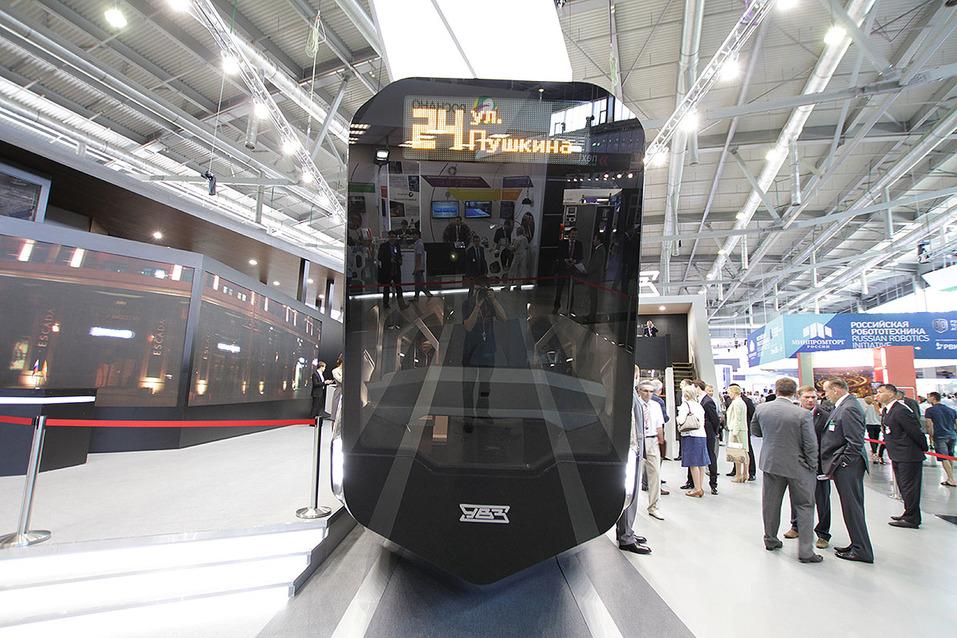 «Трамвай вызвал хайп, но не выйдет на рынок». Екатеринбург не дождется «IPhone на рельсах» 1