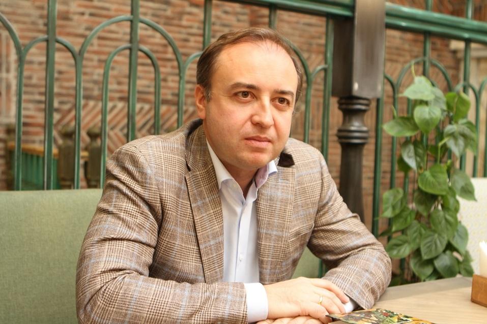 «Ритейл в ТЦ приобретает черты шоу-рума». Милен Генчев — о реконструкции центров «Мега» 1