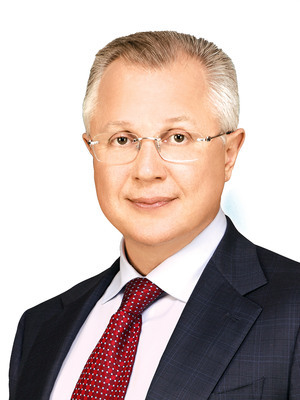Нижегородский депутат выселяет горожан из единственного жилья 1