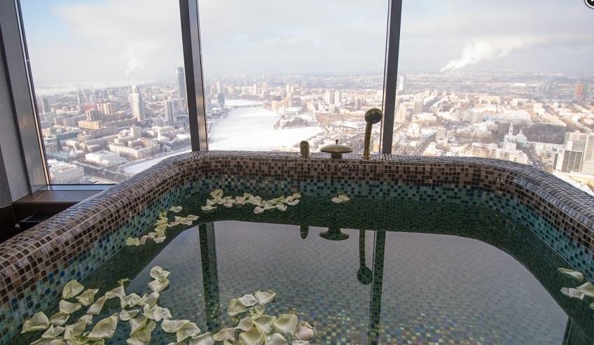 На крыше небоскреба в Екатеринбурге появится открытый бассейн, как в Сингапуре   1