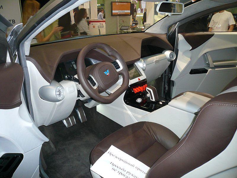 Не ВАЗом единым. Пятерка самых дорогих российских автомобилей 1