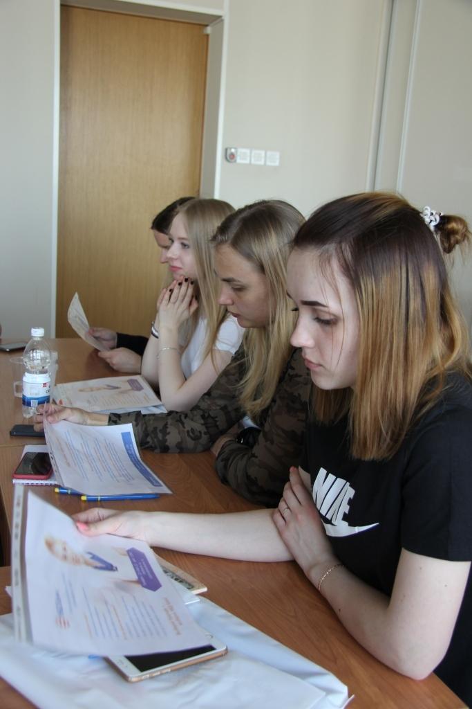 «В гостях у НБД-Банка». Студентов познакомили с работой в банковской сфере 1