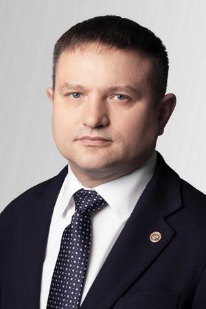 На выборы в горсовет Красноярска идет топ-менеджер РусАла 1