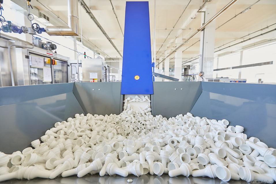Как в Челябинске делают молоко без коровы: фоторепортаж с завода растительных напитков 6