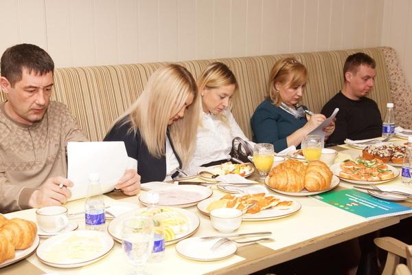 Бизнес-завтрак ДК-Красноярск: мотивация отдела продаж и кейсы для роста  прибыли   8