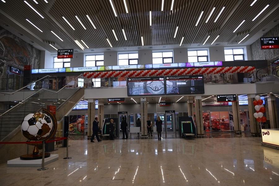 «Простор, свет, очень красиво», - Глеб Никитин открыл ж/д вокзал после ремонта.ФОТО 1
