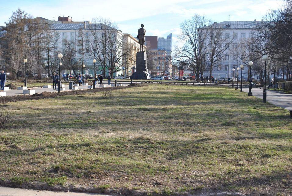 «Много «бычков» и старой листвы». Мэр Нижнего Новгорода вышел на субботник. ФОТО    5