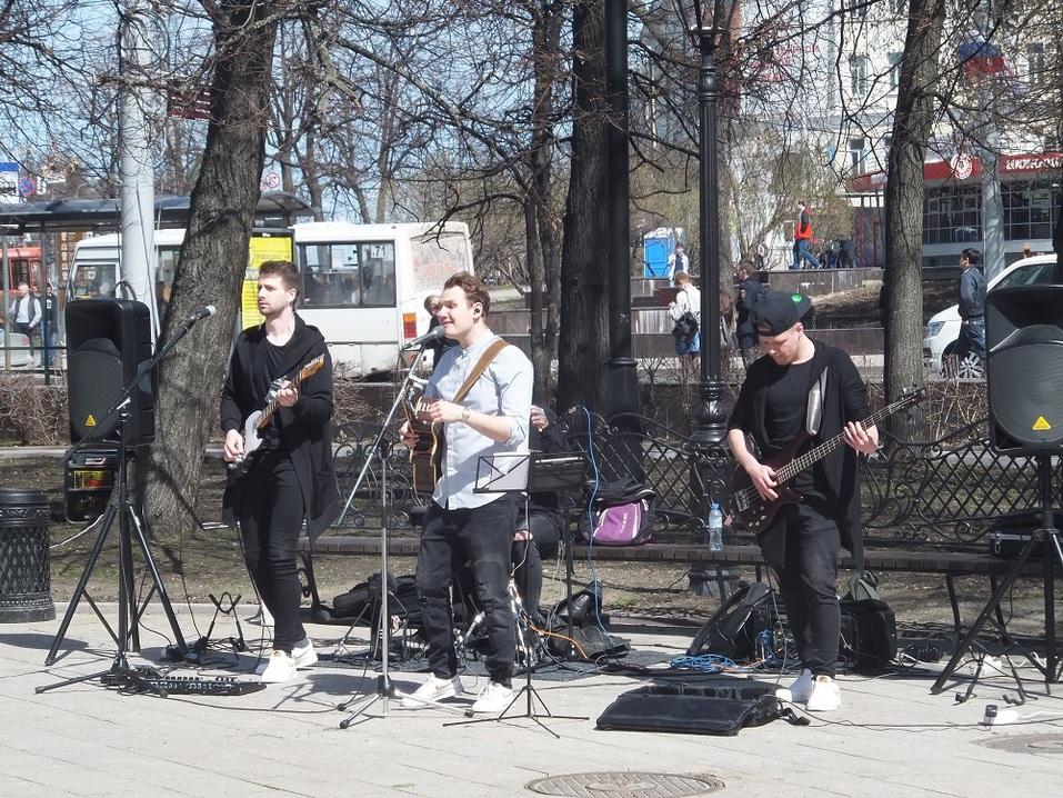«В черном цвете». Как открывали центральный фонтан Нижнего Новгорода. ФОТО 2