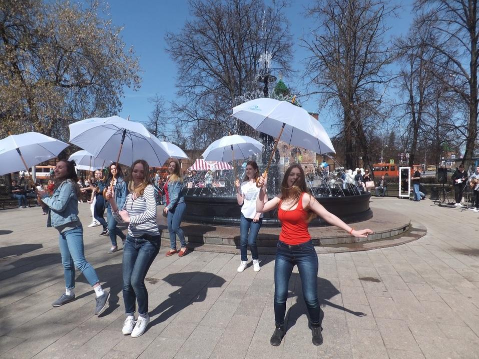 «В черном цвете». Как открывали центральный фонтан Нижнего Новгорода. ФОТО 4