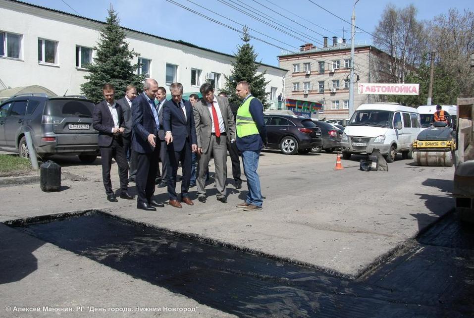 «Контроль за ремонтом дорог будет жестким». Мэр Нижнего Новгорода проверил ямочный ремонт 2