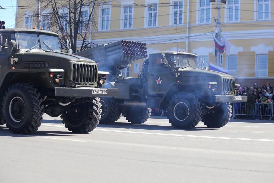 В Нижнем Новгороде прошел парад Победы. ФОТОРЕПОРТАЖ 9
