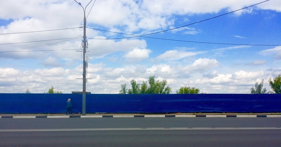Дайджест DK.RU: индустриальный комплекс, парад Победы и синий забор на Нижневолжской  2
